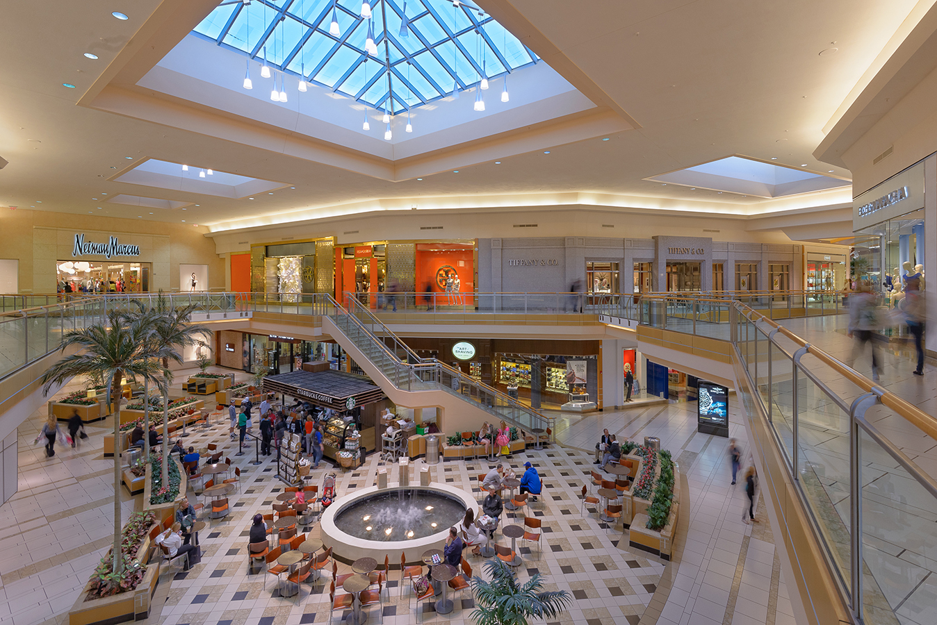 International Plaza is located in Tampa, Florida and offers stores - Scroll down for International Plaza shopping information: store list (directory), locations, mall hours, contact and address.3/5(4).