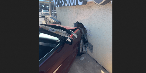UPS Store Crash | Pinellas Park Police | 49th Street Accident