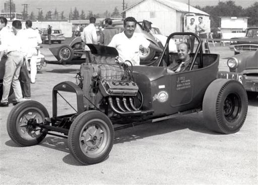 Winged Express with Cal Automotive T-Bucket body