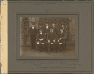 TCD MS 10608/150 Royal Zoological Society Keepers 1931, includes Thomas Kelly, Jack Supple and Christopher Flood