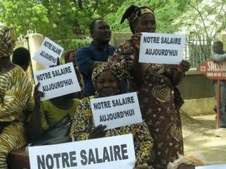 Tchad: «Nous avons trois mois de loyer à payer, des enfants à nourrir, mais on nous paie seulement un mois, c'est de la moquerie»
