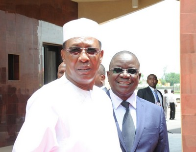 Tchad: comme le Président Déby refuse d'ouvrir un container pour payer les fonctionnaires, le PM Pahimi demande aux syndicats une trêve sociale «sans condition»