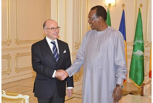 Face à l'aggravation de la crise sociale au Tchad, Paris cherche 80 millions d'euros pour sauver le régime du «warrior» Idriss Déby Itno