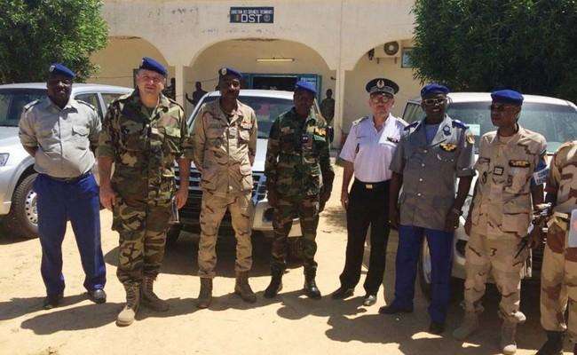 La France offre 4 véhicules à la gendarmerie nationale du Tchad