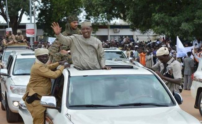 Visite du Président Idriss Déby à Sarh: «pas de sultan dans le Moyen-Chari, nos Ngar et Mbang nous suffisent !»