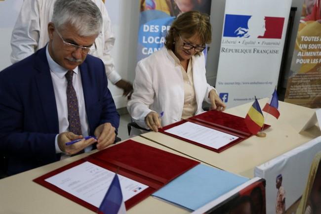Lutte contre la malnutrition au Tchad: la France annonce un nouveau soutien de 283,5 millions de FCFA pour favoriser l'éducation des filles