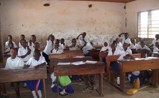 Au Tchad, 2648 enseignants suspendus et 167 établissements fermés à la veille de la rentrée scolaire