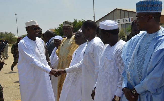 Idriss Déby réunit les gouverneurs des 23 provinces du Tchad pour les mettre en ordre de marche pour les législatives