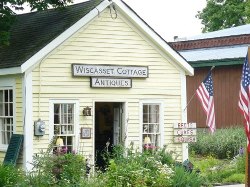 Wiscasset_cottage_antiques
