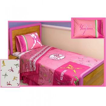 pink_yankees_bedroom