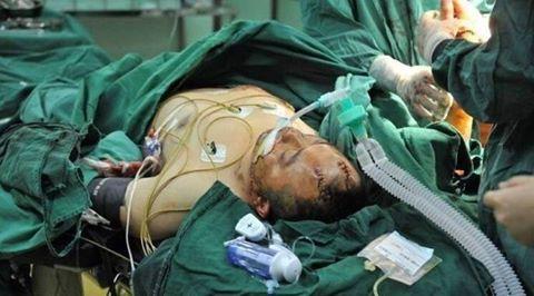 ชาวเน็ตจีนแห่ให้กำลังใจ เจ้าหน้าที่ช่วยตัวประกันจนถูกแทงอาการโคม่า