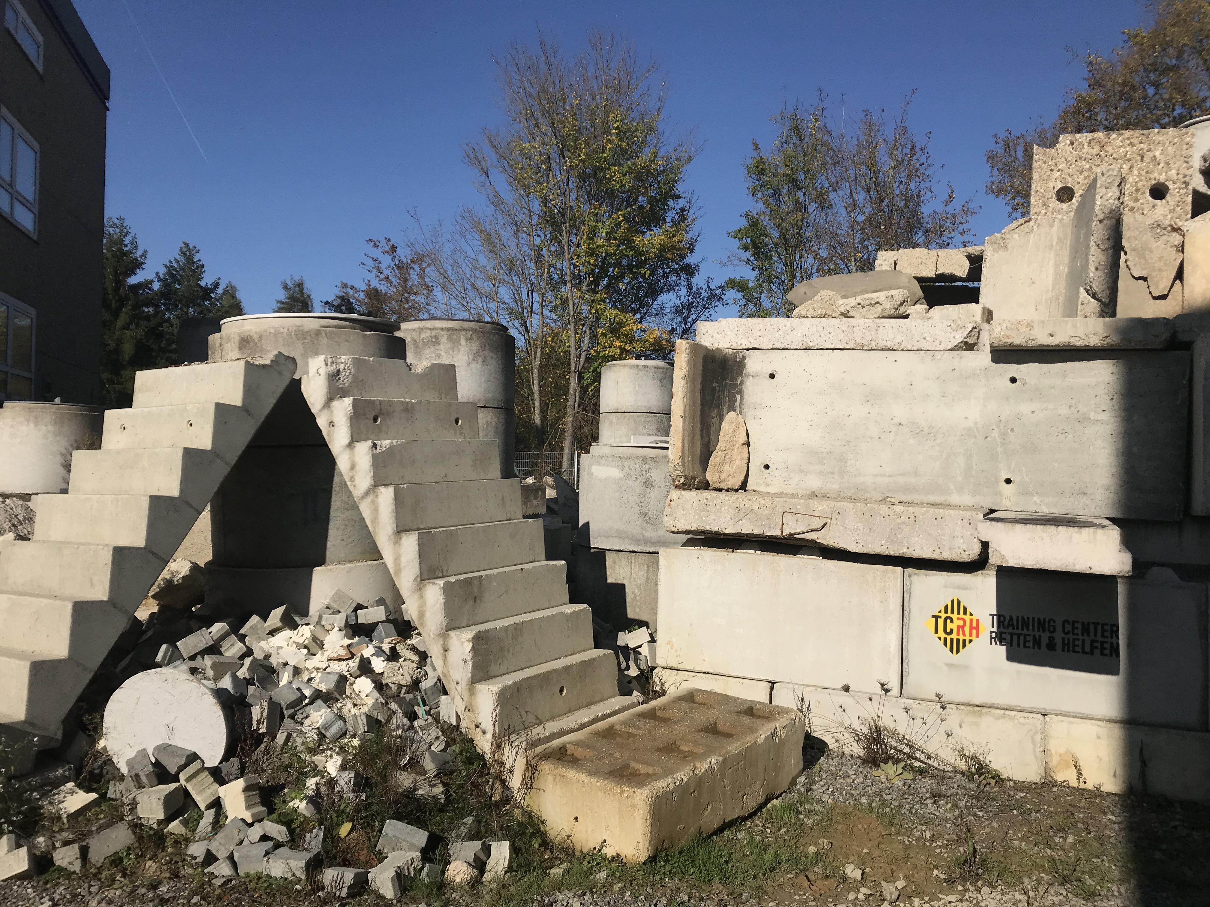 Susi´s Tempel: Übergangsbereich zum SRHT-Szenario und Gebäude 4