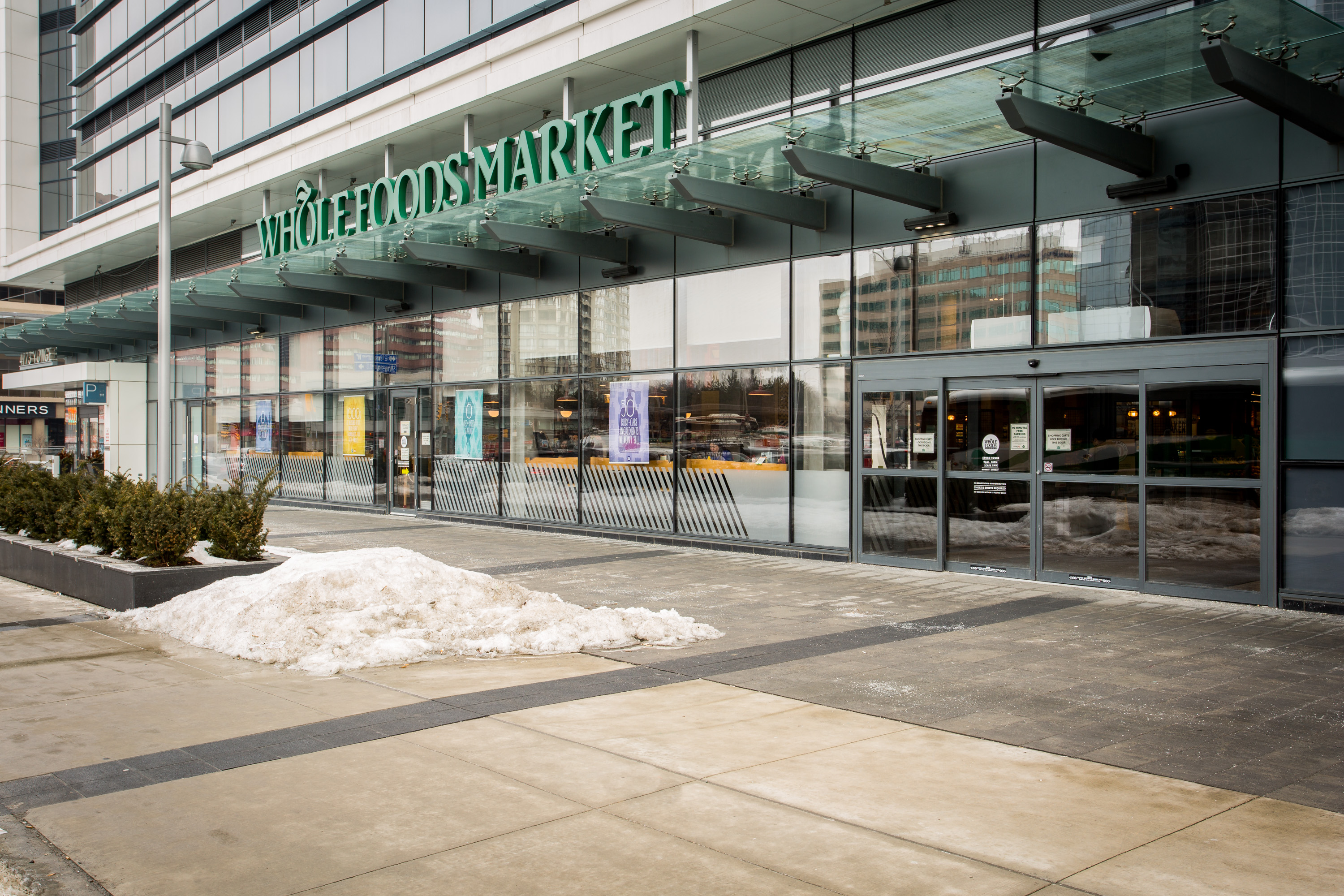 Whole Foods Yonge And Sheppard Parking