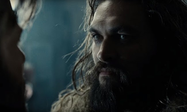 Jason Momoa (Aquaman) în Justice League