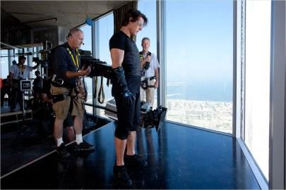 Tom Cruise pe Burj Khalifa