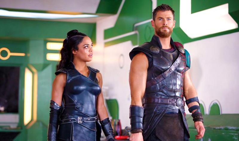Thor: Ragnarok (2017): Valkyrie (Tessa Thompson) and Thor (Chris Hemsworth)