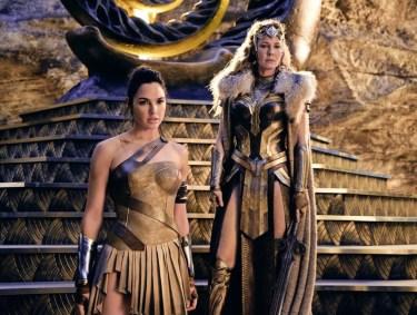 Wonder Woman: Diana Prince şi mama ei Hippolyta