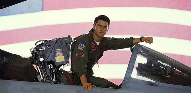 Maverick (Tom Cruise)