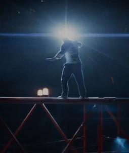 În Primul Trailer Pentru SKYSCRAPER: Curajul Lui DWAYNE JOHNSON Nu Are Limite