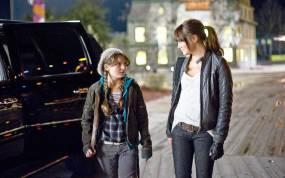 Emma Stone și Abigail Breslin - Zombieland (2009)