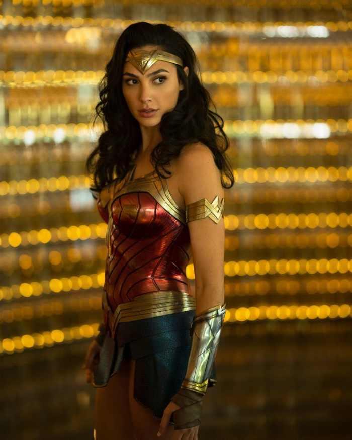 Gal Gadot la filmarile pentru continuarea Wonder Woman 1984