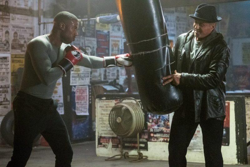 Michael B. Jordan este Adonis Creed, iar Sylvester Stallone este Rocky Balboa in CREED II