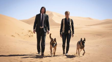 Keanu Reeves si Halle Barry in JOHN WICK: CHAPTER 3 - PARABELLUM.
