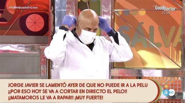 Kiko Matamoros se lo hace a Jorge Javier Vázquez y todo Telecinco alucina