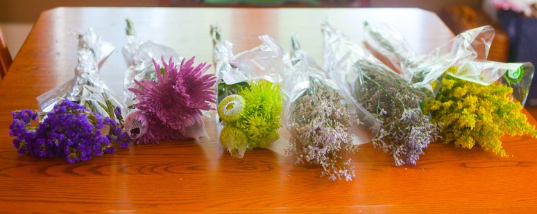 1.Sample Wedding Flower Bouquets from SR-4725-2