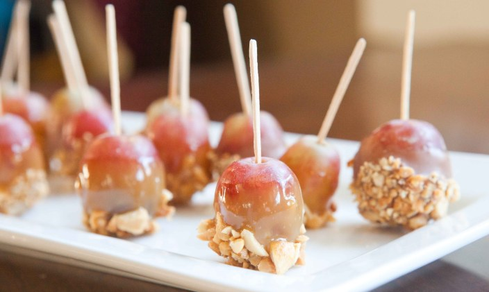 Caramel Dipped Grapes
