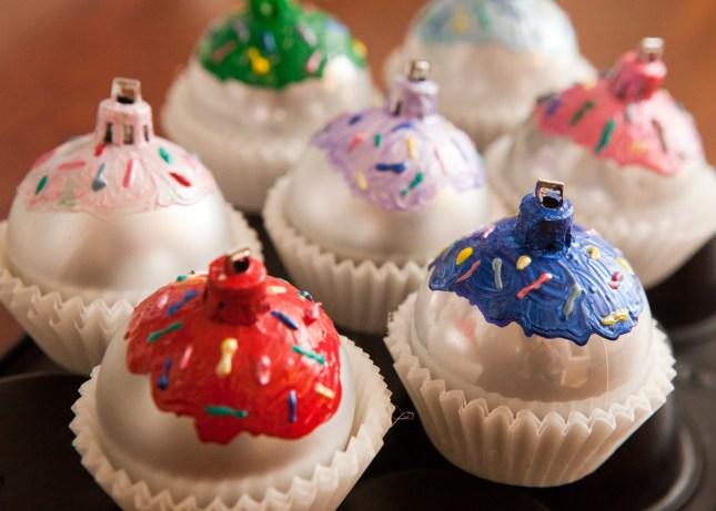 ornament balls DIY cupcakes