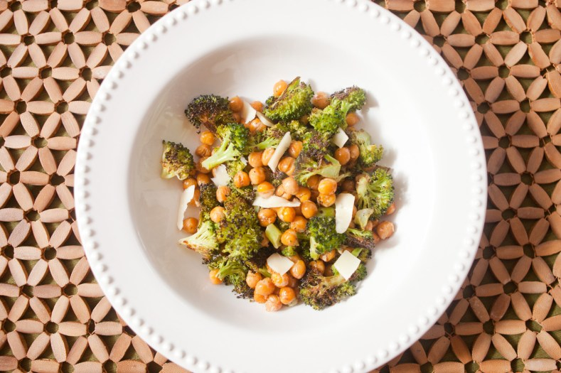 roasted chick pea n broccoli bowl