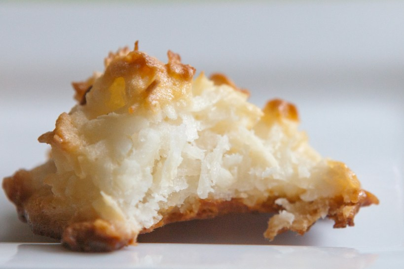 whipped egg and condensed milk macaroons-0239