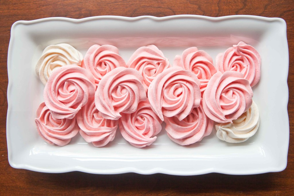 meringue roses for mothers day-4459