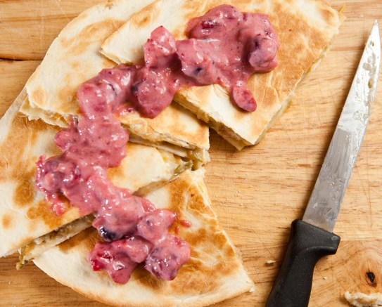Leftover Thanksgiving Quesadilla |via teacher-chef.com