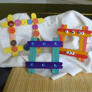 Toddler Activities Easy Photo Frame Using Craft Sticks