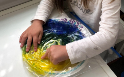 No-Mess Finger Paint Activity