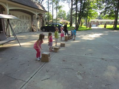 Stack the box relay race