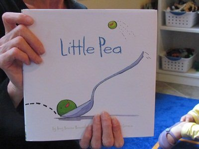 Little peas all around the classroom | Virtual Book Club for Kids