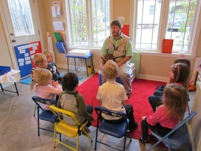 Tips for having a classroom visitor come to your preschool