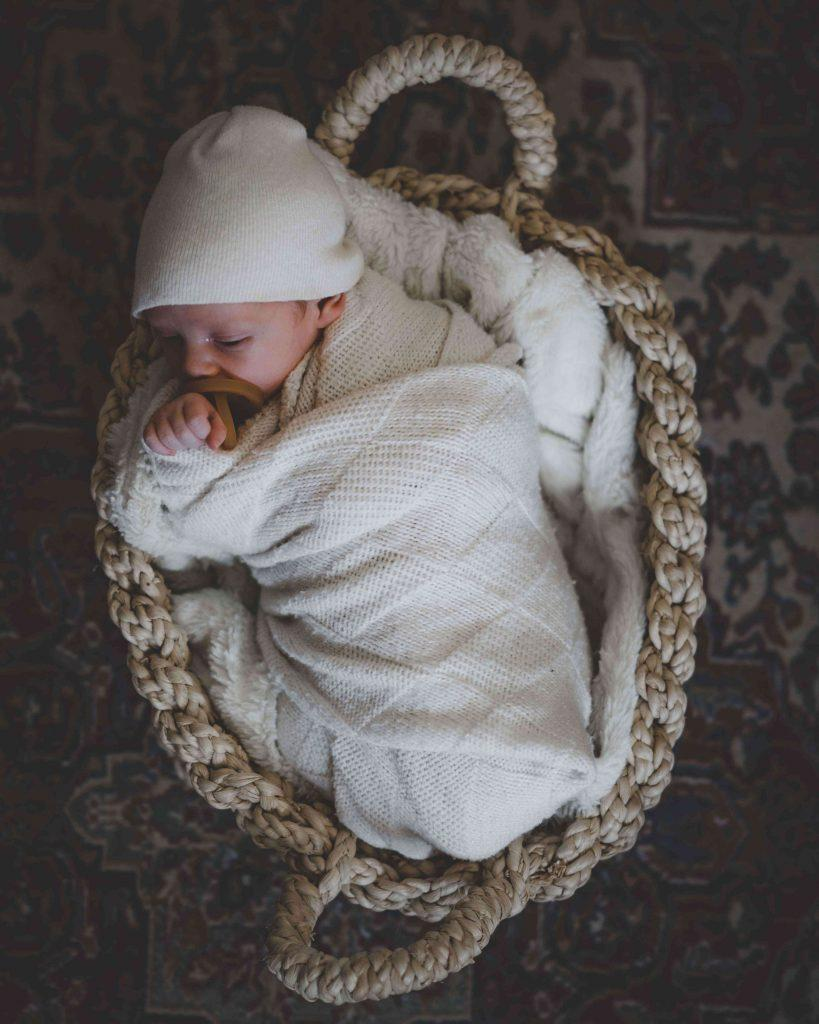 baby-sleeping-why-moms-choose-organic-baby-food-formula-teachworkoutlove.com