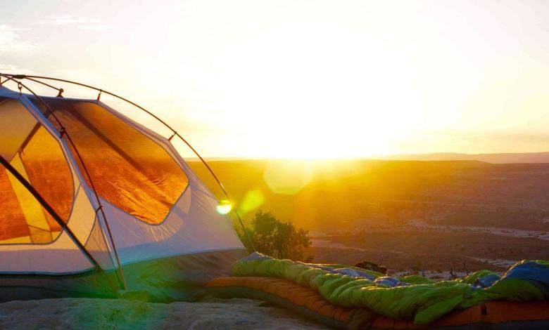 camping-outside-in-a-tent-teachworkoutlove.com