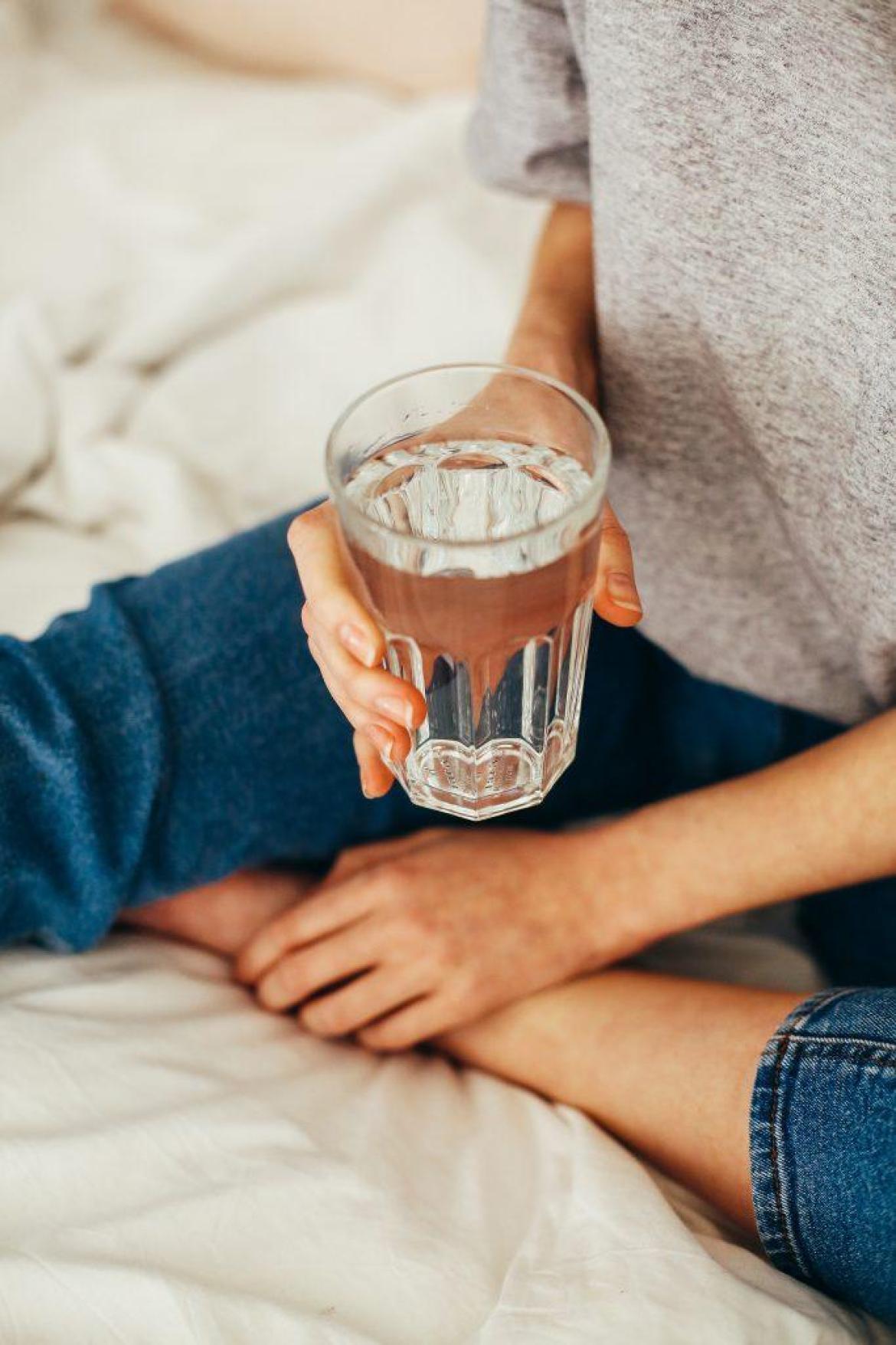 drinks-lots-of-water