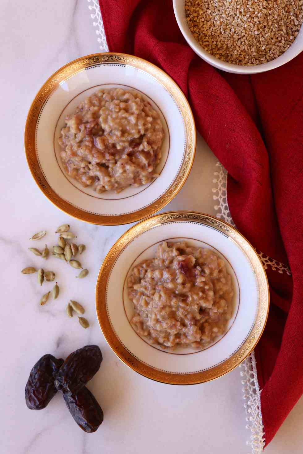 Date Sweetened Slow Cooker Steel Cut Oats