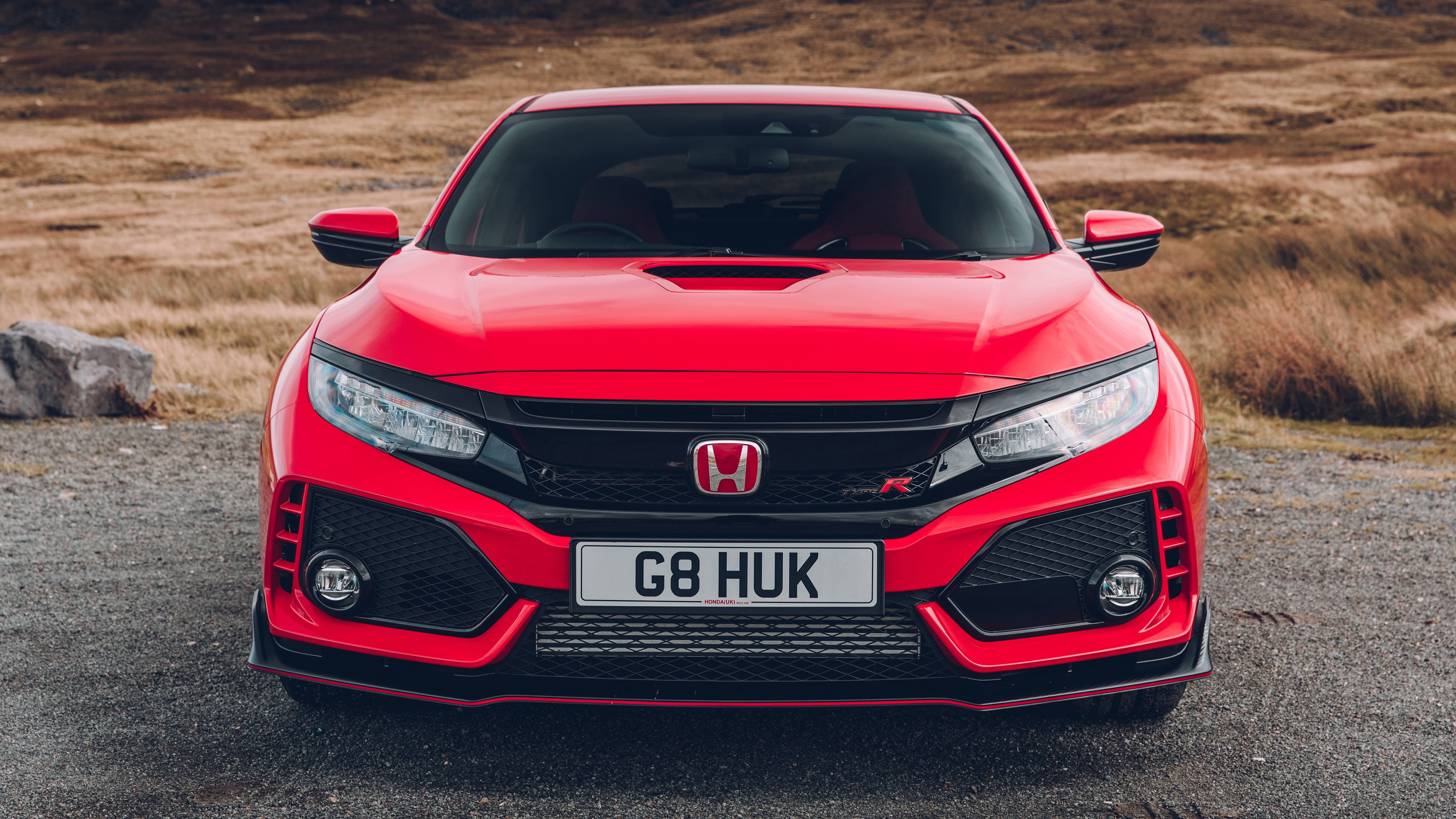 The extra area appearing in black. Honda Civic Type R Red 4096x2304 Wallpaper Teahub Io
