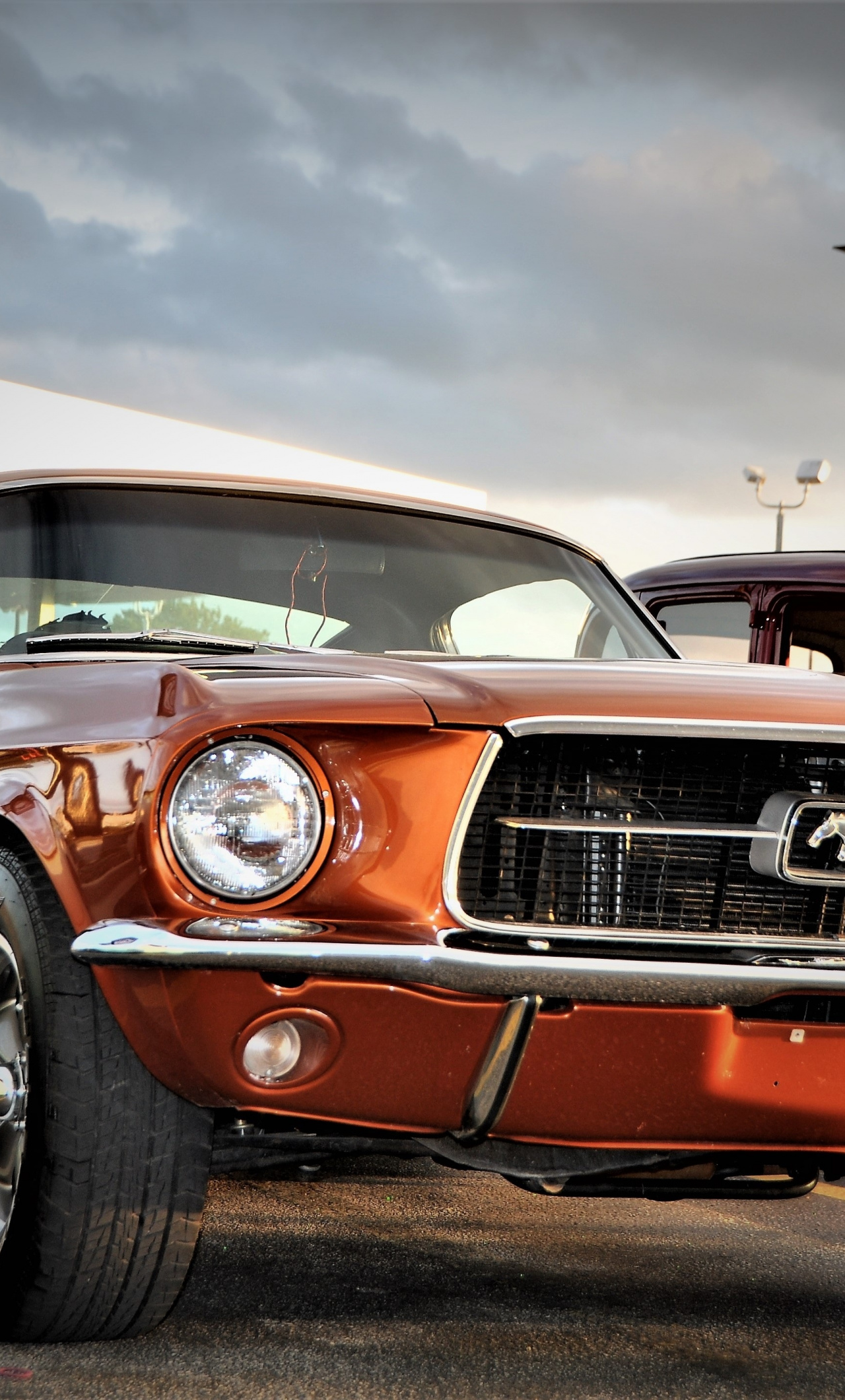 It's fun—and very harry potteresque—to have a bit of motion on your lock screen. Front Ford Mustang Muscle Car Wallpaper Muscle Car Wallpaper Iphone 6 1280x2120 Wallpaper Teahub Io