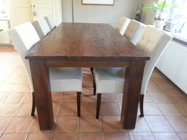 Grove rustieke koloniale tafels koopt u bij Teak Koloniaal