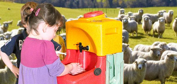 Portable sinks for farm hand washing