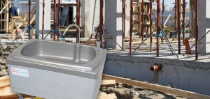 Hand and armwashing on construction sites