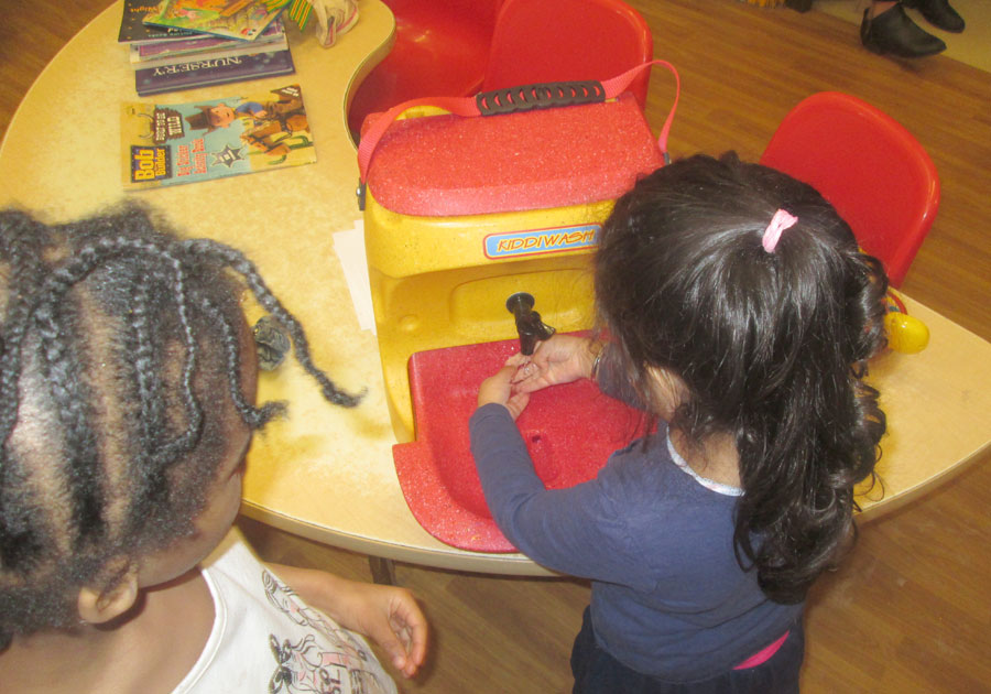 Kiddiwash hand washing mobile sinks for children